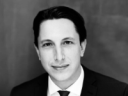 Dr. Niklas S. Fischer, LL.M.